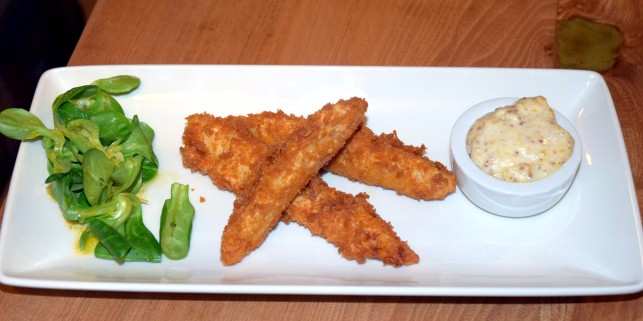 Free-range chicken goujons served with Cumberland honey mustard mayonnaise and salad